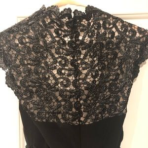 Women's black with lace Cache gown size 6